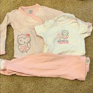 3 pc Onsie, long sleeve button up and footie pants